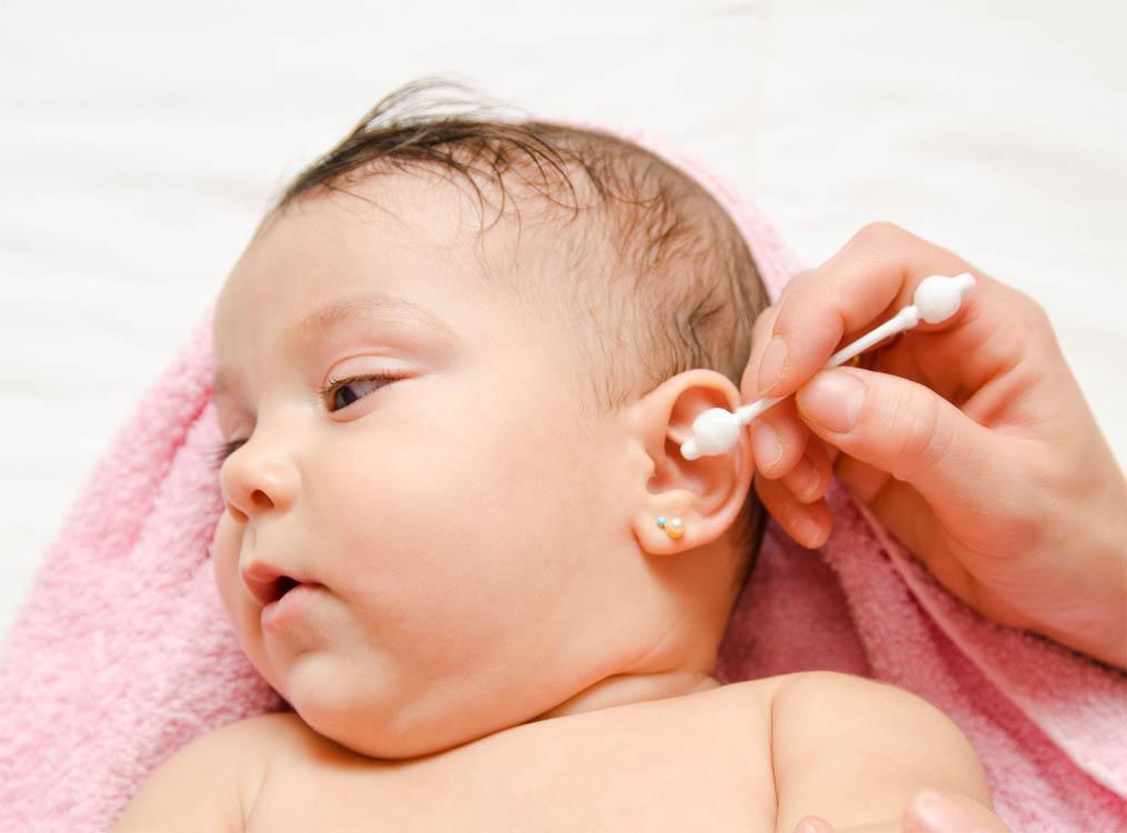Ушки болят у ребенка 2 года