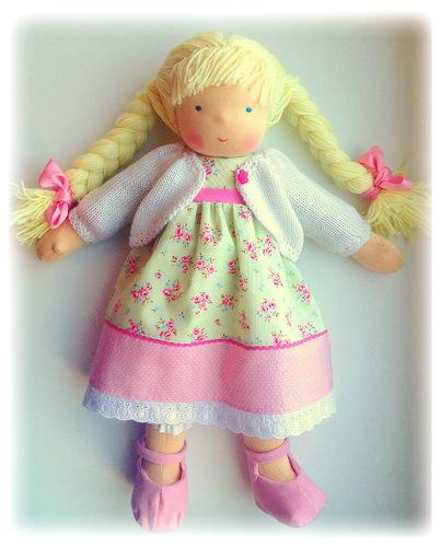 Большая вальдорфская кукла