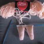 Соединение ног и вязание туловища
