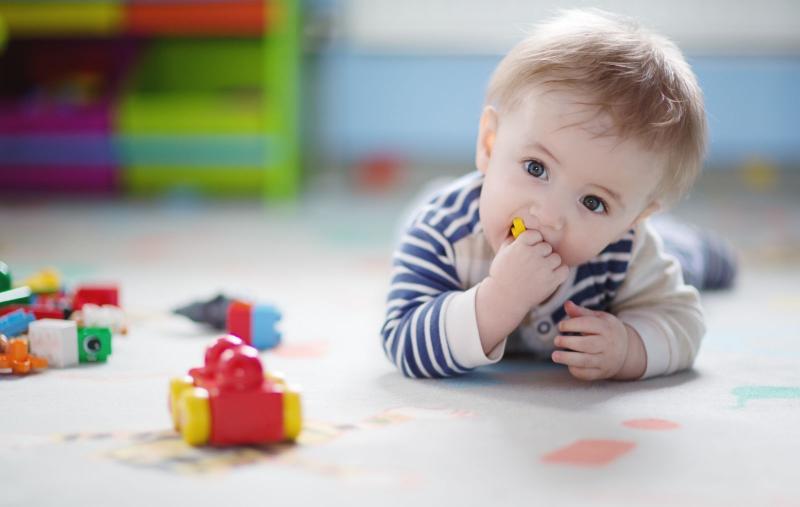 Почти годовалый или ребёнок в 11 месяцев жизни — особенности развития