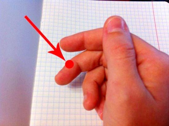 Как правильно держать ручку во время письма