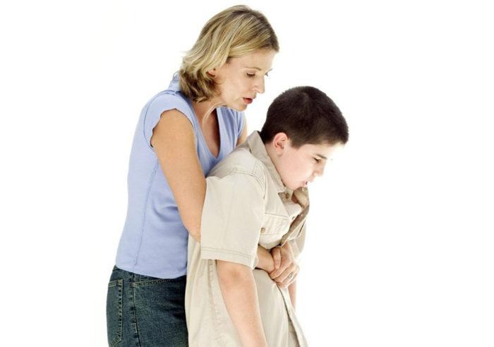 Оказание первой помощи, если подавился ребёнок до трёх лет
