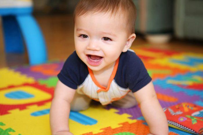 малыш в 6 месяцев