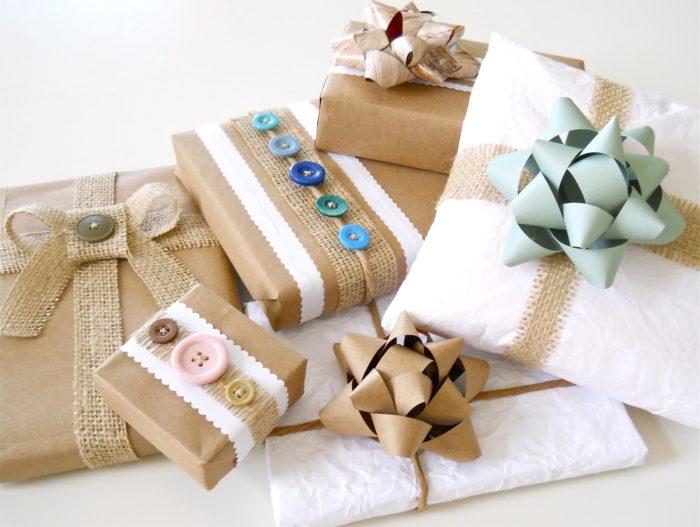 Красиво упакованные подарки