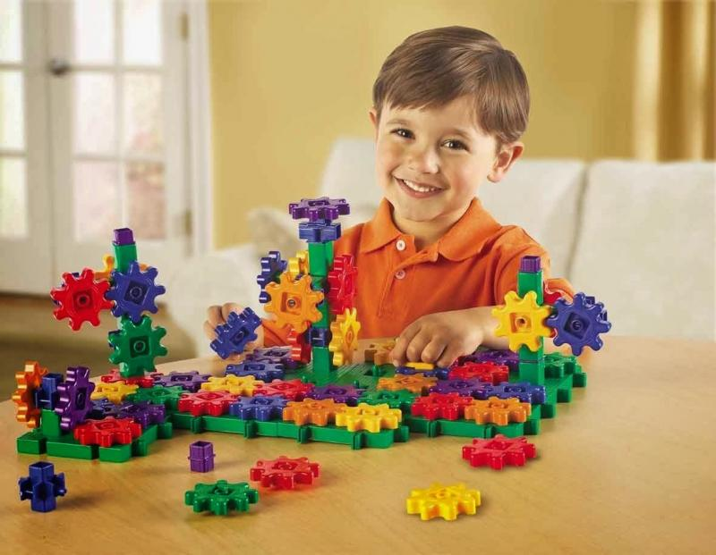 Что подарить мальчику на 5 лет — идеи для выбора подарка