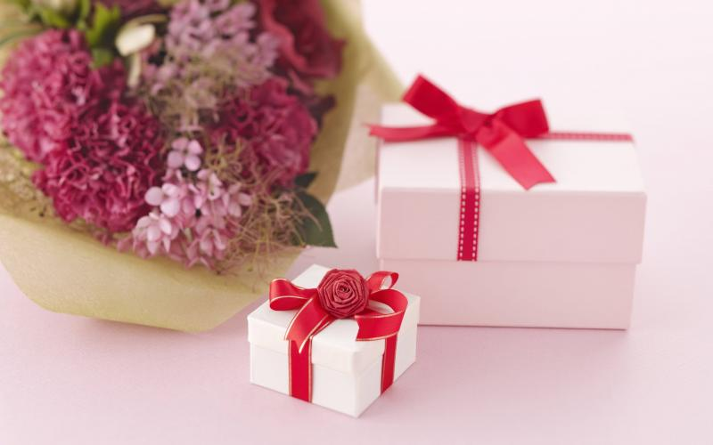 Множество идей: что подарить четырнадцатилетней девушке на день рождения