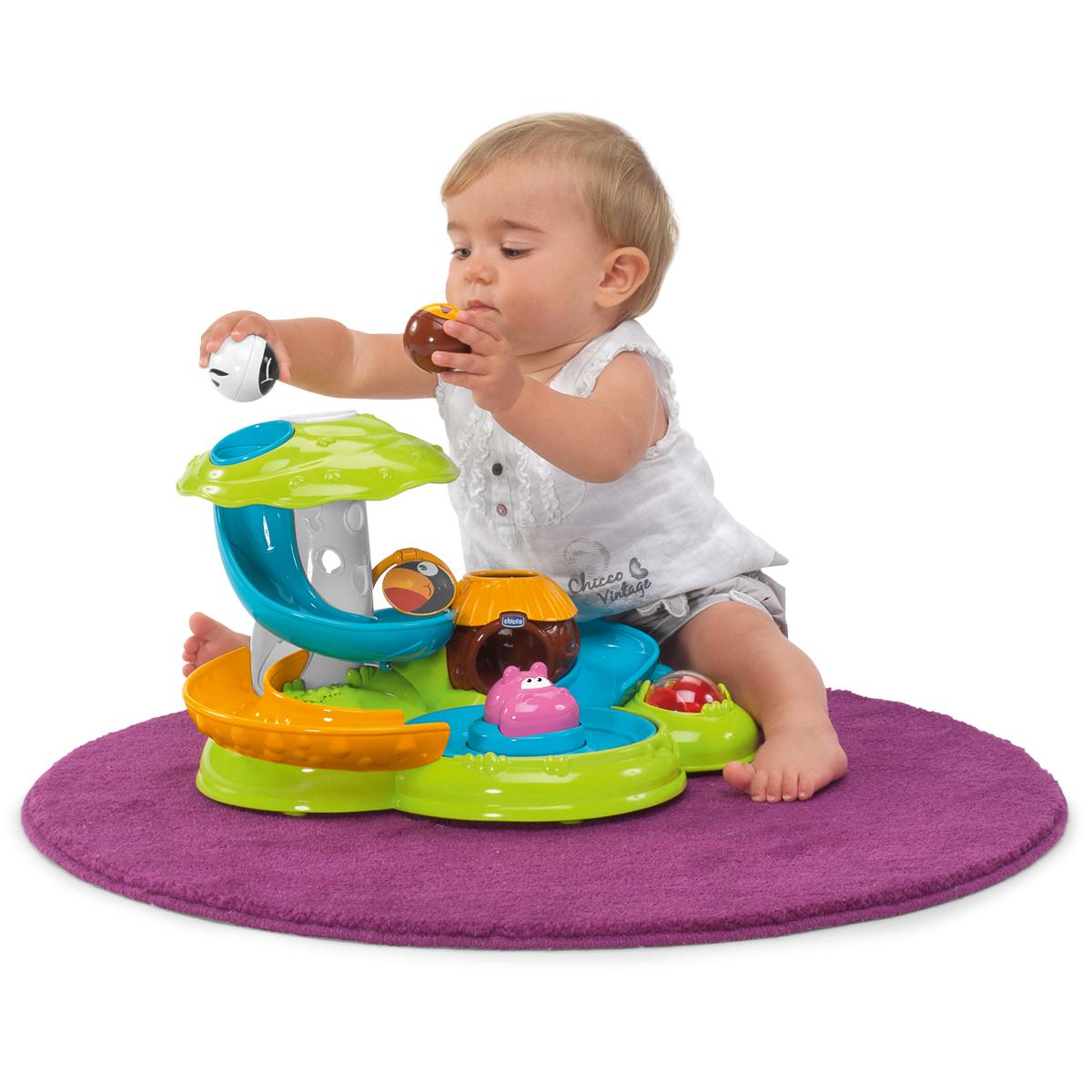 словами, какие развивающие игрушки нужны ребенку в 8 месяцев стирают