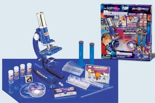 Микроскоп и комплект материалов для проведения опытов