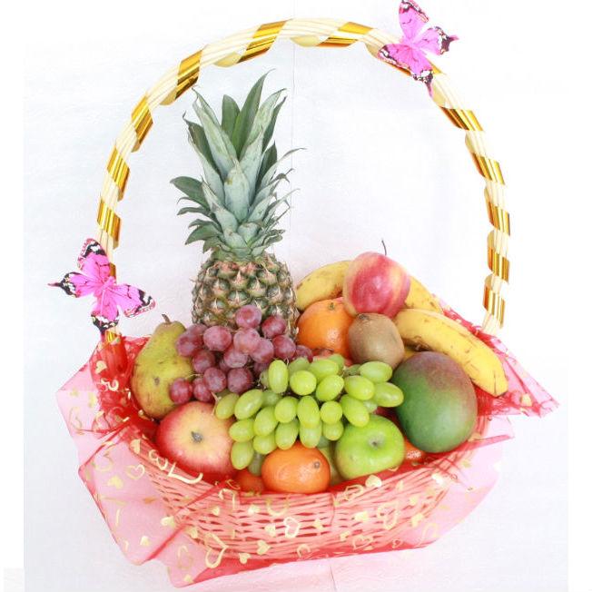 Как красиво оформить корзину с фруктами