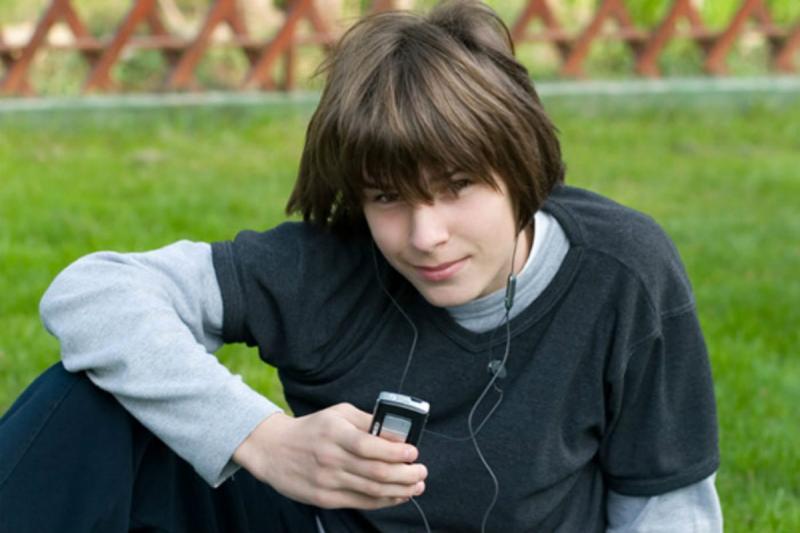 Что подарить 13-летнему мальчику на день рождения: обзор актуальных идей