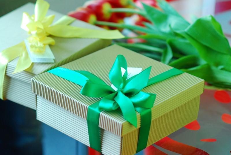 Подарки на 8 марта девочкам разных возрастов