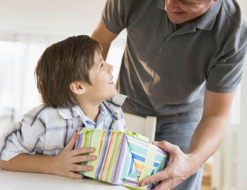 Шумно и весело: подарок мальчику на 11 лет