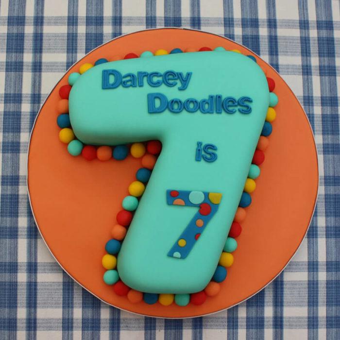 Торт с цифрой 7