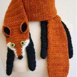 Вязаный шарфик в виде лисы