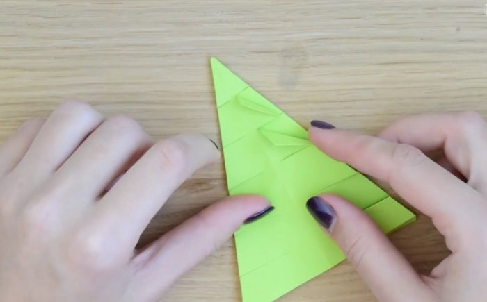 Изготовление бумажной елки