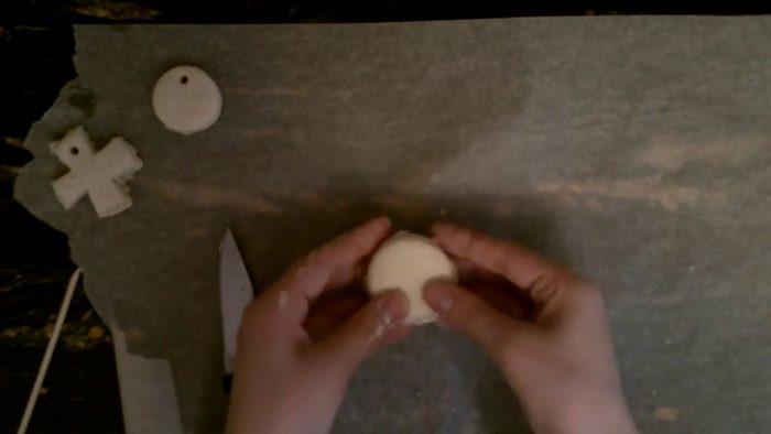 Заготовка из соленого теста для игрушки