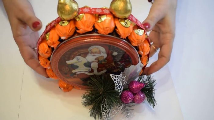 Новогодние сувенирные часы