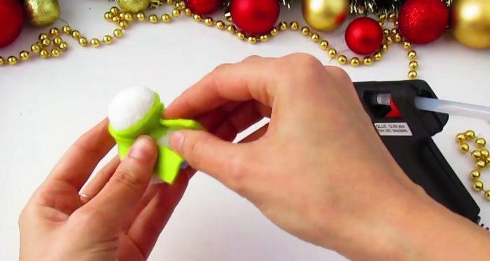 Изготовление снеговика из ткани