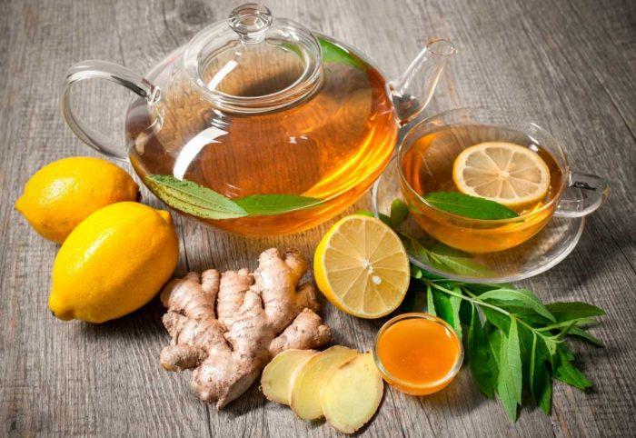 Чай с лимоном, мёдом и имбирем