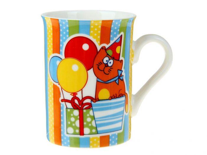 Кружка с изображением кота на подарке