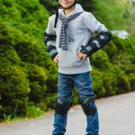 Мальчик на гироскутере