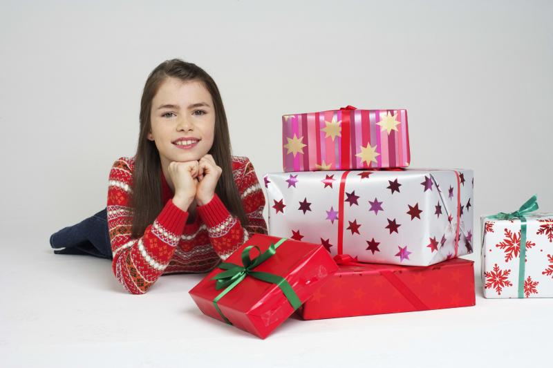 Варианты подарков детям на их 10-ый день рождения