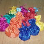 Разноцветные сенсорные мешочки