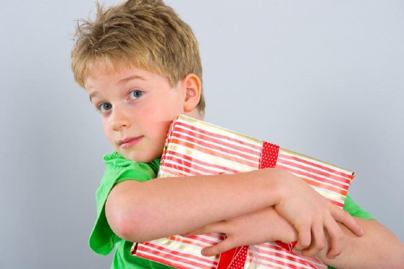 Что подарить мальчику на день рождения в 8 лет