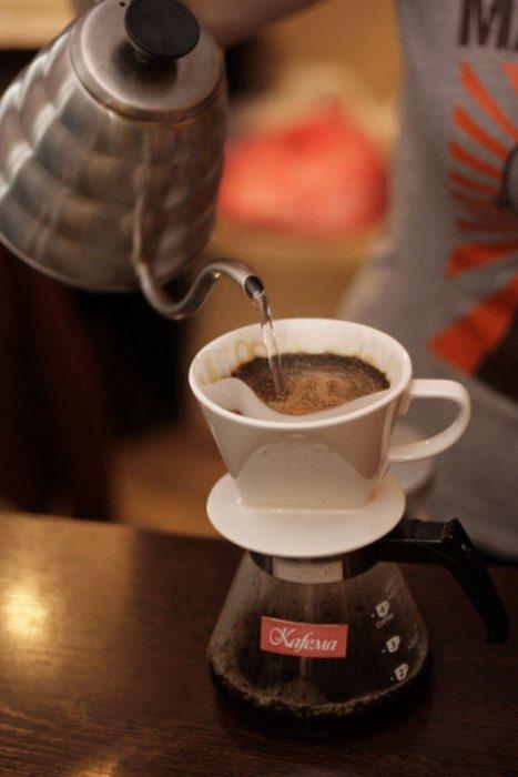 приготовление кофе проливом