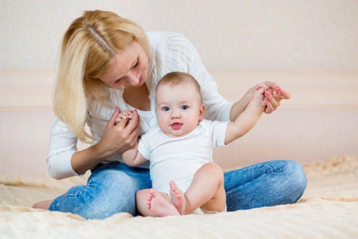 Присаживание ребёнка 7 месяцев