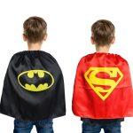 мальчики в плащах супергероев