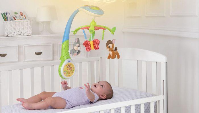 Мобиль над кроваткой малыша