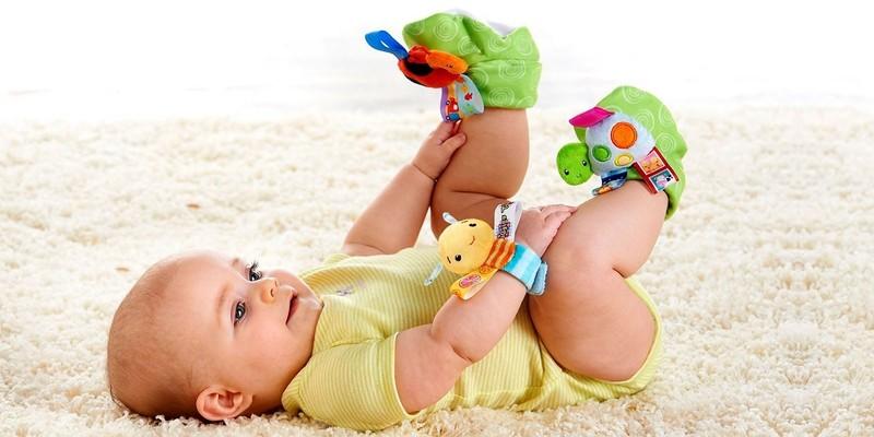 Особенности развития ребёнка в 5 месяцев