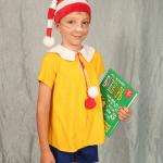 Мальчик в костюме Буратино