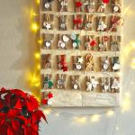 Покупной адвент-календарь на стене