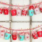 Адвент-календарь из пластиковых стаканчиков