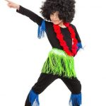Мальчик в костюме из мультфильма «Чунга-чанга»