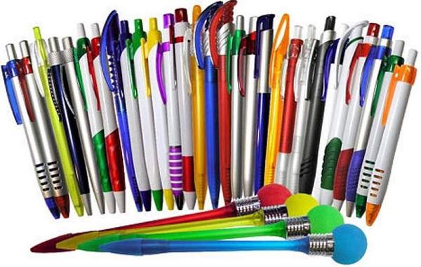Разные ручки для письма
