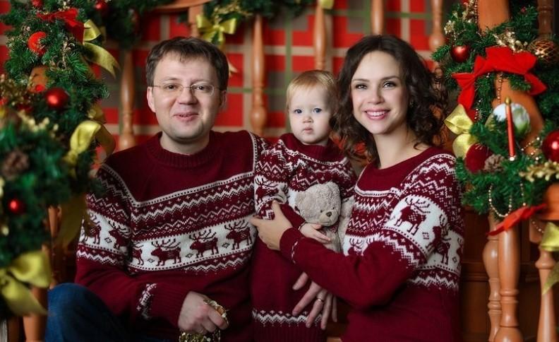 Новогодняя фотосессия в скандинавских свитерах