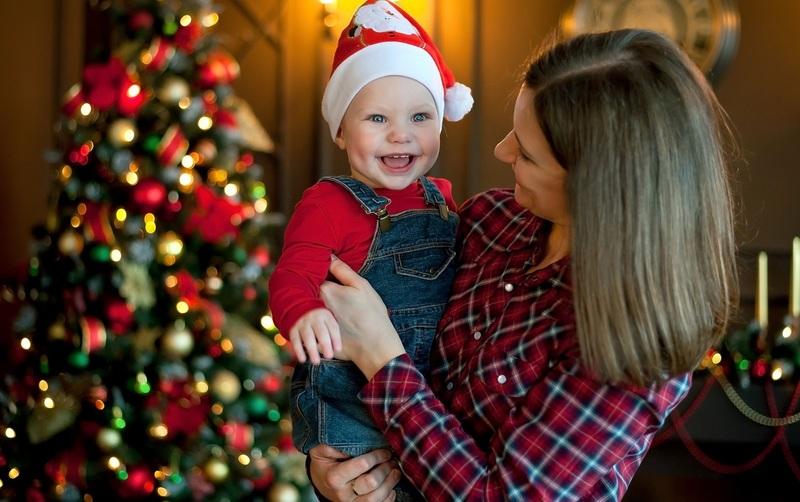 Как провести Новый год с маленьким ребёнком: идеи для родителей