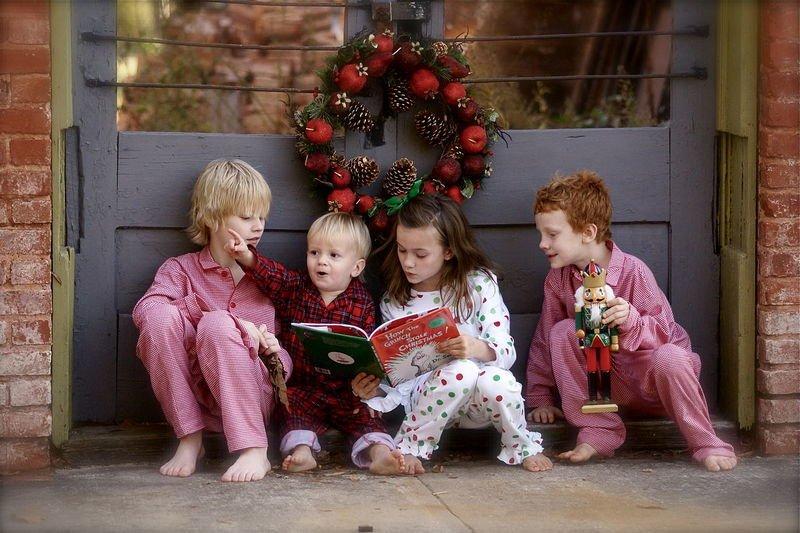 Новогодние книги для детей, или Как подарить малышам сказку