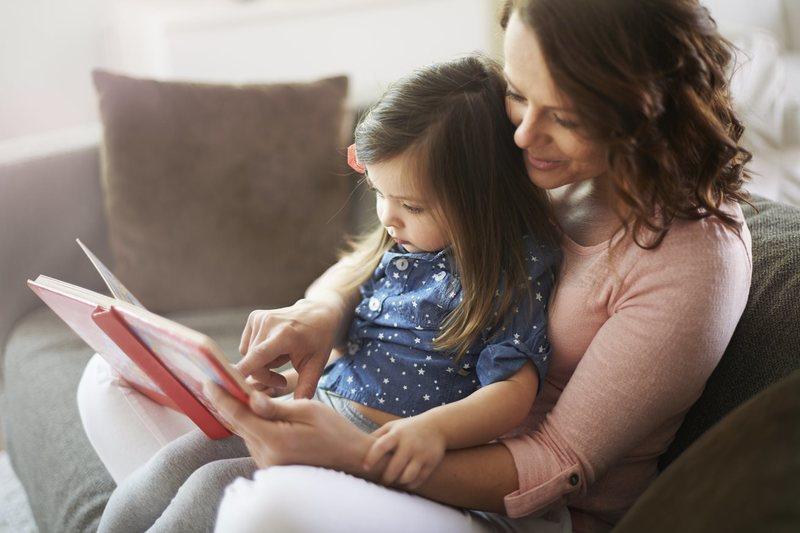 33 книги, которые стоит прочитать ребёнку