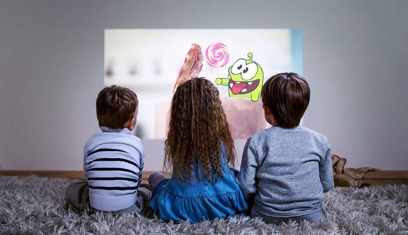 Вред мультфильмов детям до 3 лет: мнения и исследования