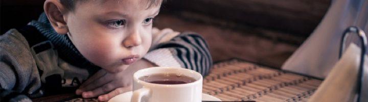 Чай – полезный напиток в детском рационе, если он употребляется правильно и в своё время.