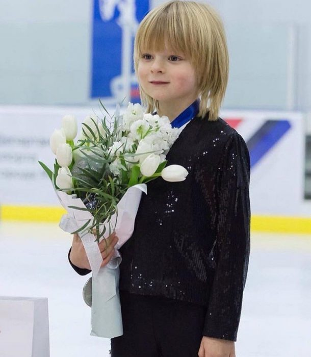 Саша Плющенко после выступления на люду