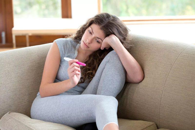 Гематома матки на ранних сроках беременности: провоцирующие факторы и лечение