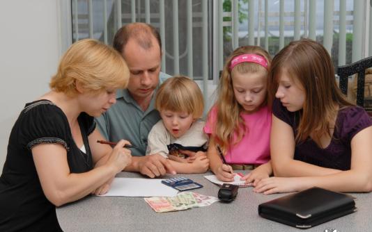Семья совместно планирует бюджет
