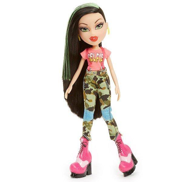 Кукла с нарушенными пропорциями