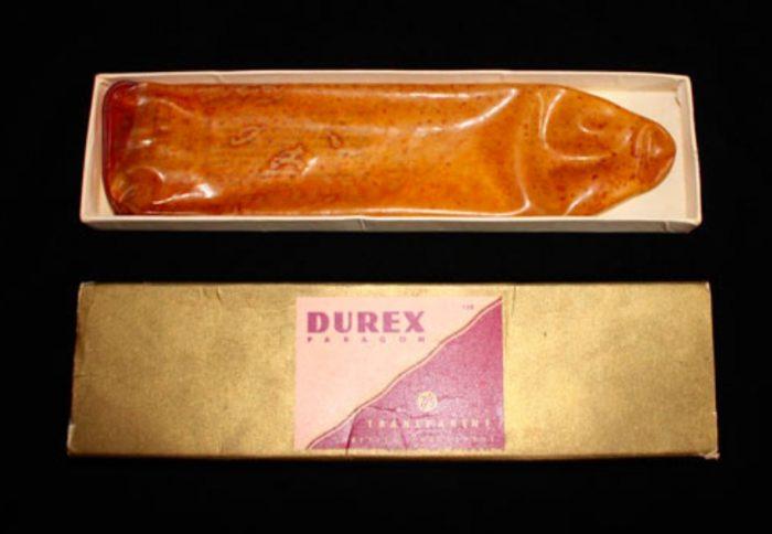 Первые резиновые презервативы компании Durex
