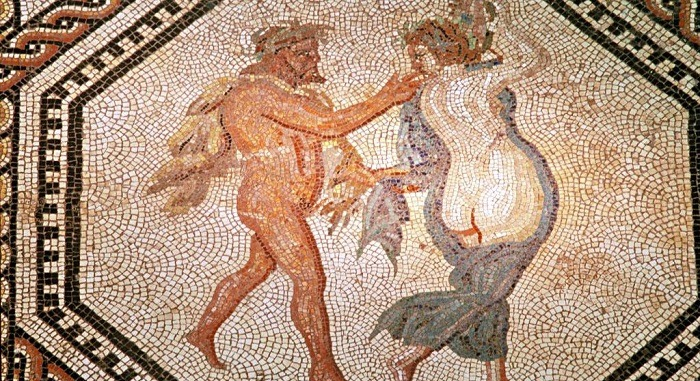 Древнеримская мозаика, изображающая полуобнажённых мужчину и женщину